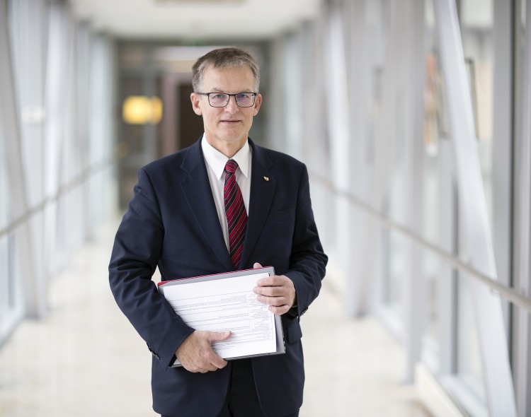 Opozicijos lyderiu tapo socialdemokratas Julius Sabatauskas