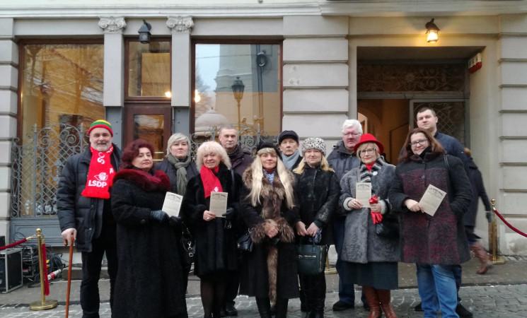 Vilniaus socialdemokratai išreiškė pagarbą Vasario 16-osios akto signatarams