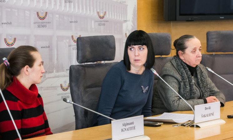 D. Šakalienė: valstybė, vietoje pagalbos, iš moters atima vaikus dėl skurdo