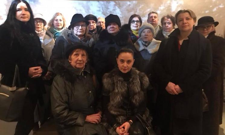 Skaudžios istorijos vingiais. Vilniaus socialdemokratų ekskursija į Genocido aukų muziejų