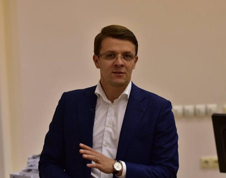 M.Skarupskas vietoj Žaliojo tilto skulptūrų siūlo pastatyti laikinas instaliacijas