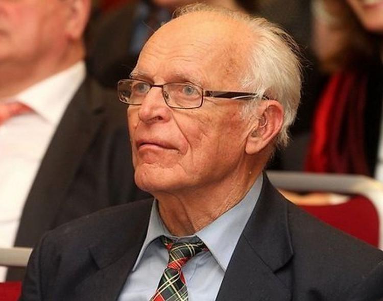 Aloyzas Sakalas. Seimo ir Konstitucinio Teismo pareigos apkaltos procese