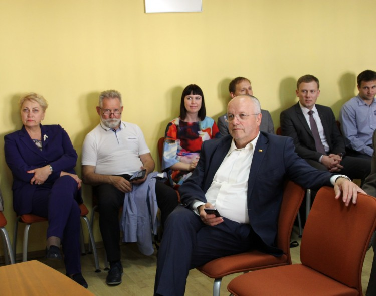 Antakalnio ir Žirmūnų poskyrių partiečių susitikime - mokesčių reformos aktualijos