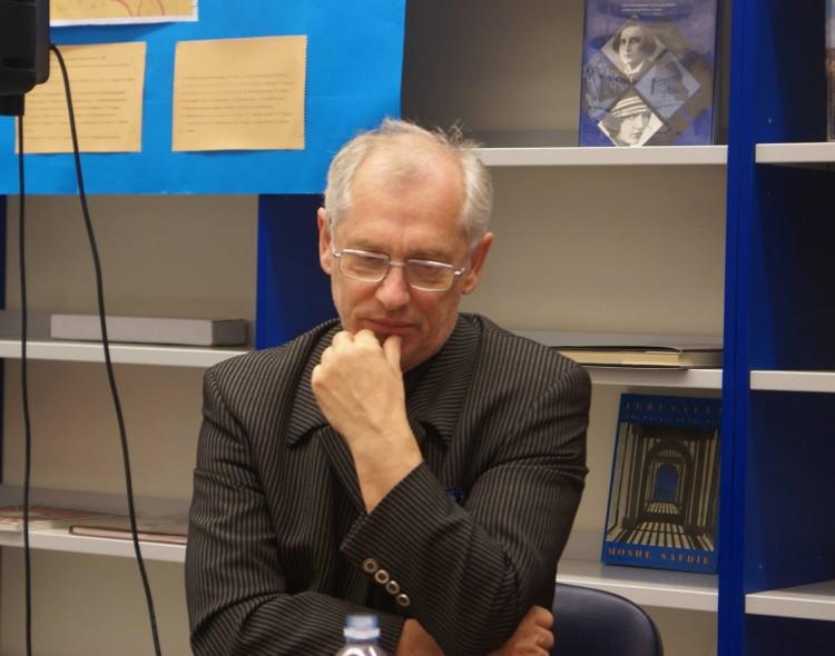 "Arkadijus Vinokuras. Vilkas (LVŽS) ""socialdemokrato"" kailyje"