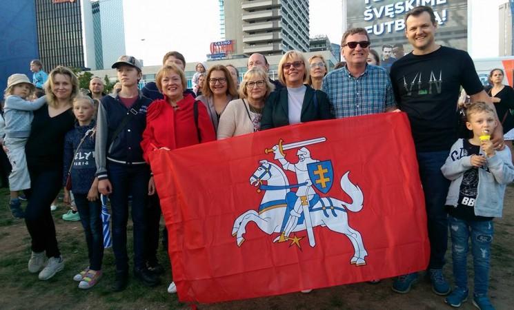 Vilniaus socialdemokratai Valstybės dieną šventė  kartu su vilniečiais