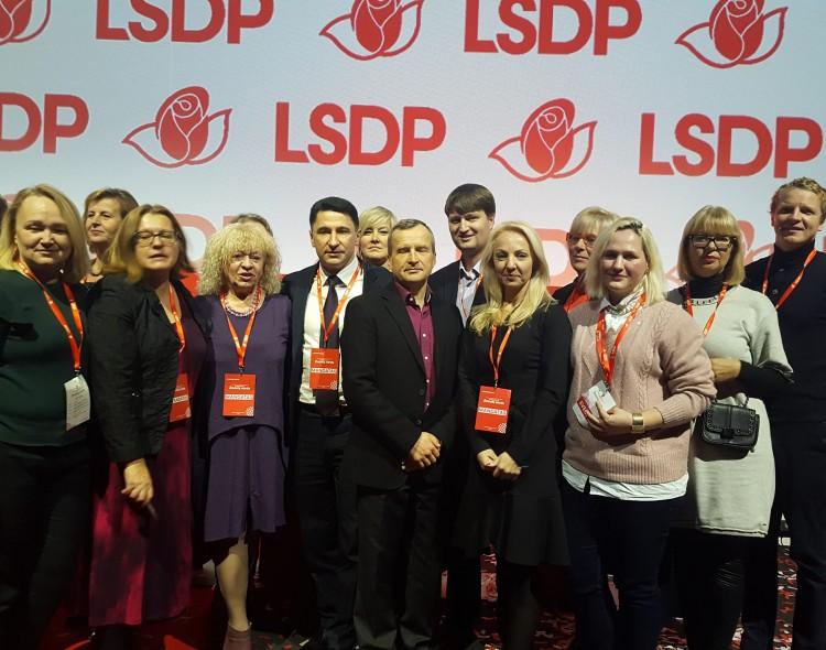 Vilniaus socialdemokratai, kartu su kitais LSDP  konferencijos delegatais,  patvirtino Socialdemokratinę viziją Lietuvai