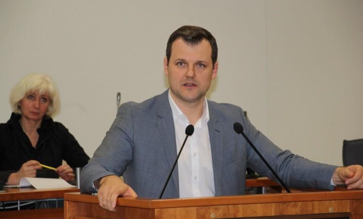 G. Paluckas: valdantieji turi vykdyti valstybės vardu duotus įsipareigojimus