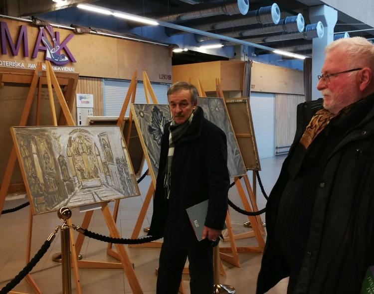 Apie meną su menininkais