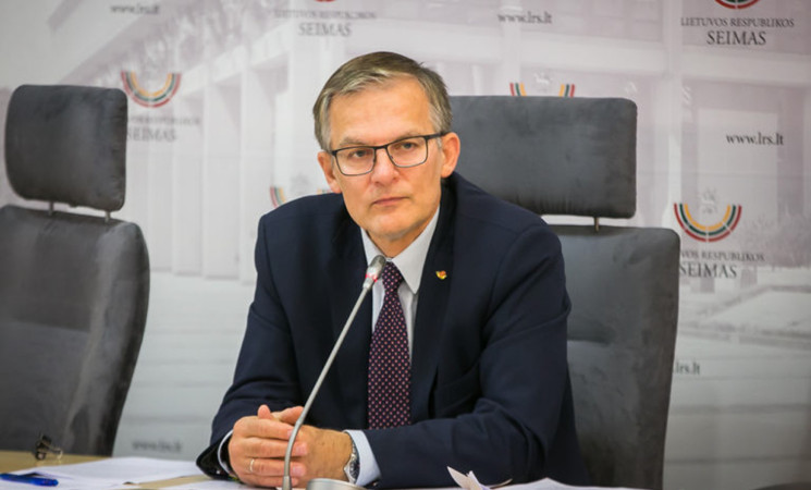 J.Sabatauskas perspėja valdančiuosius:įtampa visuomenėje auga