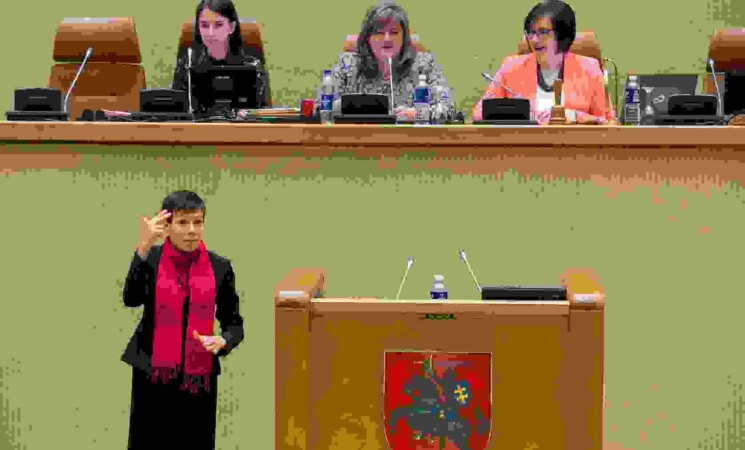 """Seimo LSDP frakcijos pranešimas: """"Vertimas į gestų kalbą – kurčiųjų žmonių teisė ir ji turi būti užtikrinta"""""""