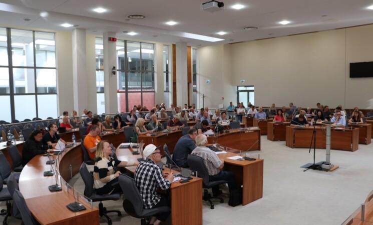 Skyriaus nuolatinės komisijos bus skatinamos siekti konkrečių rezultatų