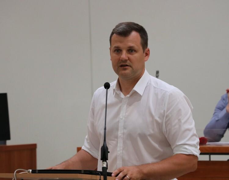 Išankstiniuose Seimo rinkimuose  Žirmūnų rinkimų apygardoje kandidatu iškeltas Gintautas Paluckas