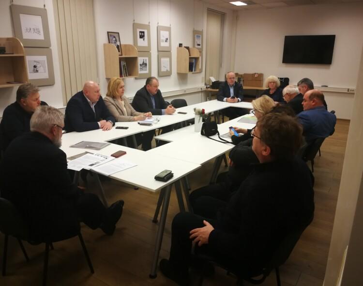 Naujamiesčio poskyrio tarybos dėmesyje - dirbančiųjų teisės