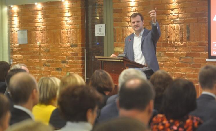 G. Paluckas ragina Premjerą imtis priemonių dėl korupcijos aplinkos apsaugos srityje