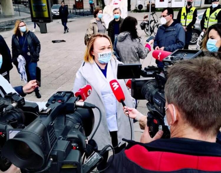Vilniaus socialdemokratai išreiškė solidarumą Vilniuje protestavusiems medikams