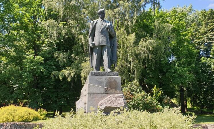 Vilniaus socialdemokratai kviečia išsaugoti Petro Cvirkos paminklą