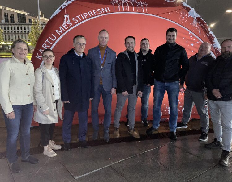 Protestuojančius VVT vairuotojus aplankę socialdemokratai palaiko pagrįstus ir teisėtus profsąjungų reikalavimus